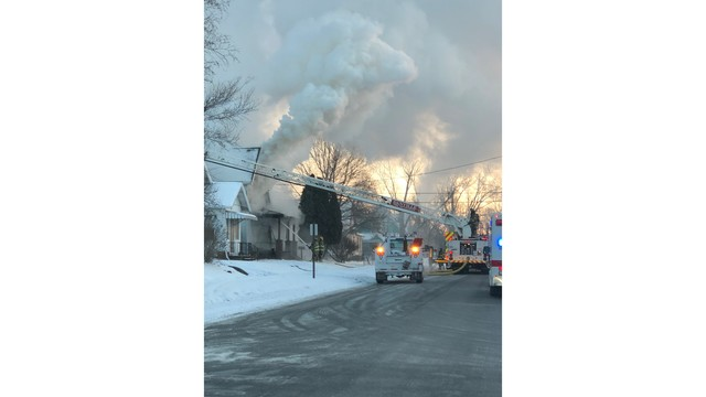 Firefighters battle house fire and the cold